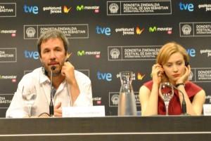 Denis Villeneuve i Sarah Gadon al Festival de San Sebastián 2013